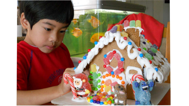 gingerbreadhousejohnny-copy